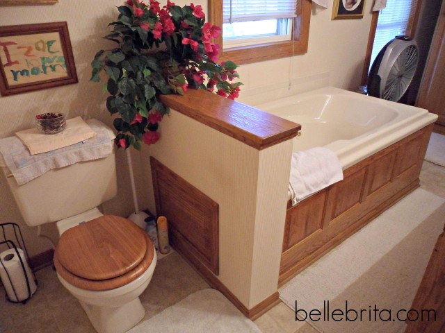 jacuzzi tub for romantic weekend getaway in Lexington, Ohio