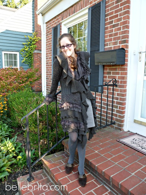 Great look in brown and gray for fall! #style #fallfashion