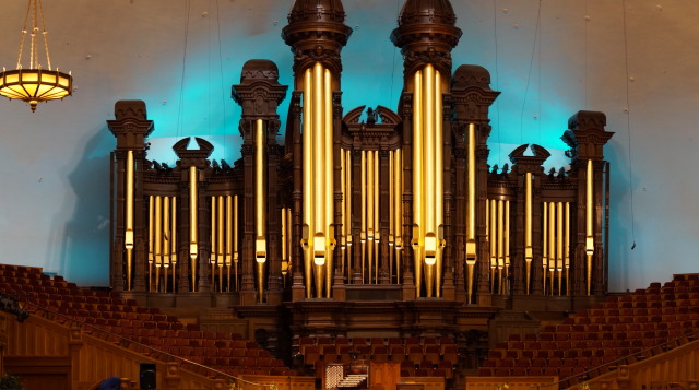 The Salt Lake City Tabernacle in Temple Square