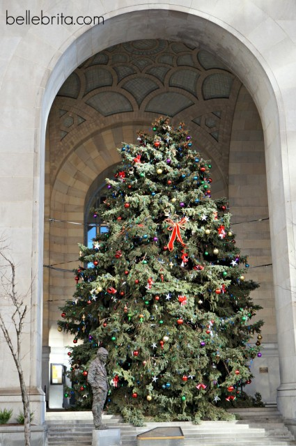 Pittsburgh features many big beautiful Christmas trees!