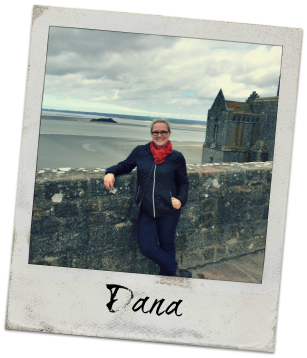 Expat Dana loves teaching abroad. Learn more about Dana and her blog! #travel