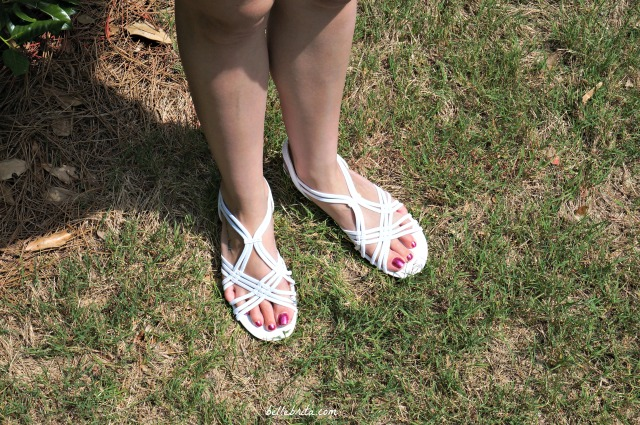 Comfortable white sandals that go with everything and can be worn anywhere.