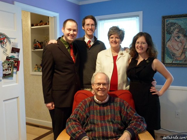 Family photo for holiday card, Christmas 2011 | Belle Brita