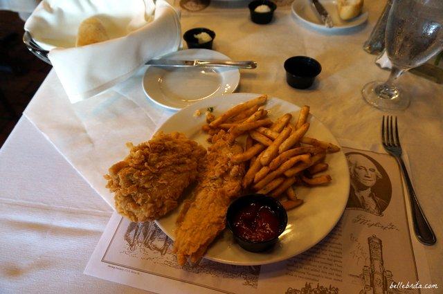 Along Savannah's River Street, River House serves delicious food!   Belle Brita