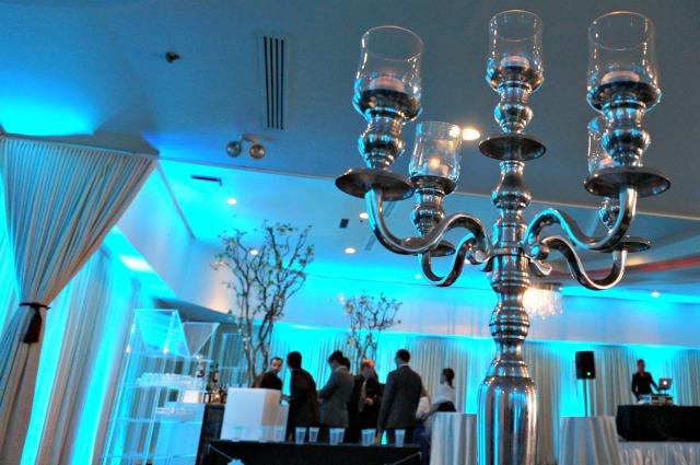 Silver centerpiece at a blue wedding | Belle Brita