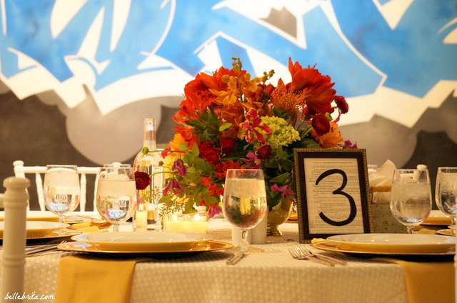 Gorgeous place settings for a wedding with bold colors! | Belle Brita