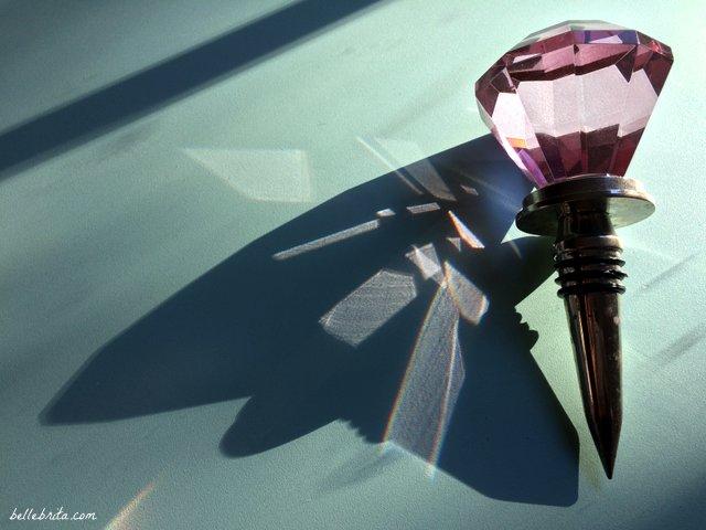 Sparkly pink wine stopper! | Belle Brita