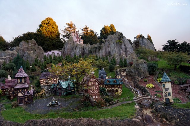 Belle's village Disneyland Paris | Belle Brita