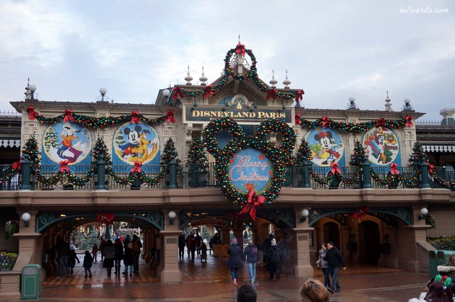 a monday in november is the perfect time to visit disneyland paris belle brita