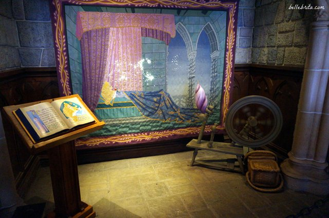 Tour Sleeping Beauty Castle in Disneyland Paris   Belle Brita