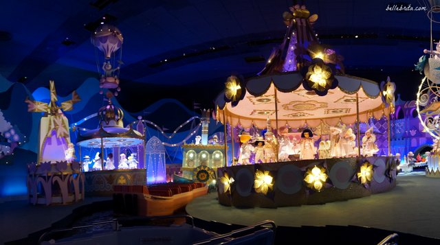 Disneyland Paris redecorates It's a Small World for Christmas | Belle Brita