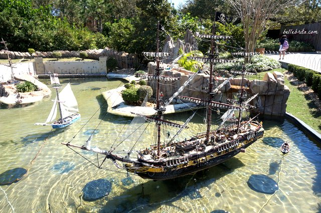 MINILAND USA features both real cities from across America, like Las Vegas and NYC, as well as imaginary scenes like this pirate's cove! | Belle Brita