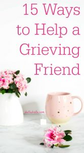 Has your friend recently lost a loved one? Grief is an incredibly challenging time in someone's life. When my mother died, I felt like my entire world ended. Learn how to help a grieving friend. | Belle Brita #grief
