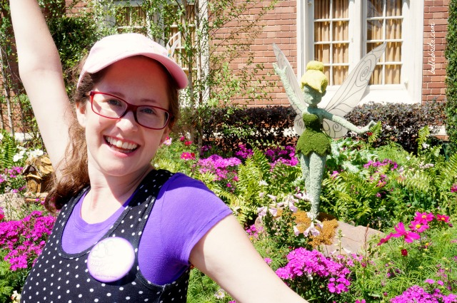 I love posing with all the topiaries in EPCOT. Tinkerbell was especially fun to see! | Belle Brita