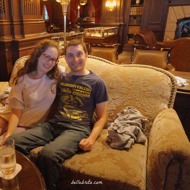 My husband and I greatly enjoyed our drinks at the Teddy Roosevelt Lounge in Tokyo Disney Sea! | Belle Brita