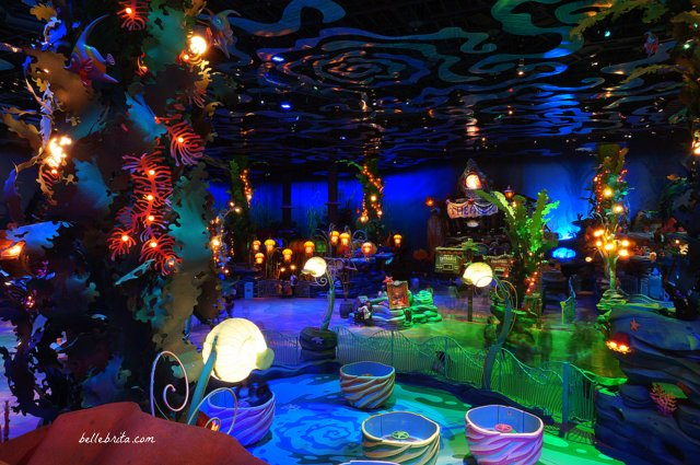Tokyo Disney Sea Mermaid Lagoon | Feel like you're underwater at Mermaid Lagoon in Tokyo Disney Sea! While the rides are geared towards kids, even adults will enjoy walking around and admiring the effects. | Belle Brita