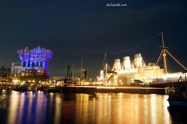 Nighttime view of Tokyo DisneySea New York Harbor | Tokyo travel | Belle Brita