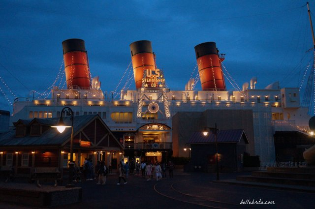 Tokyo DisneySea SS Columbia at Night | This gorgeous ship is a recreation of a 20th-century steam-powered ocean liner. | Belle Brita