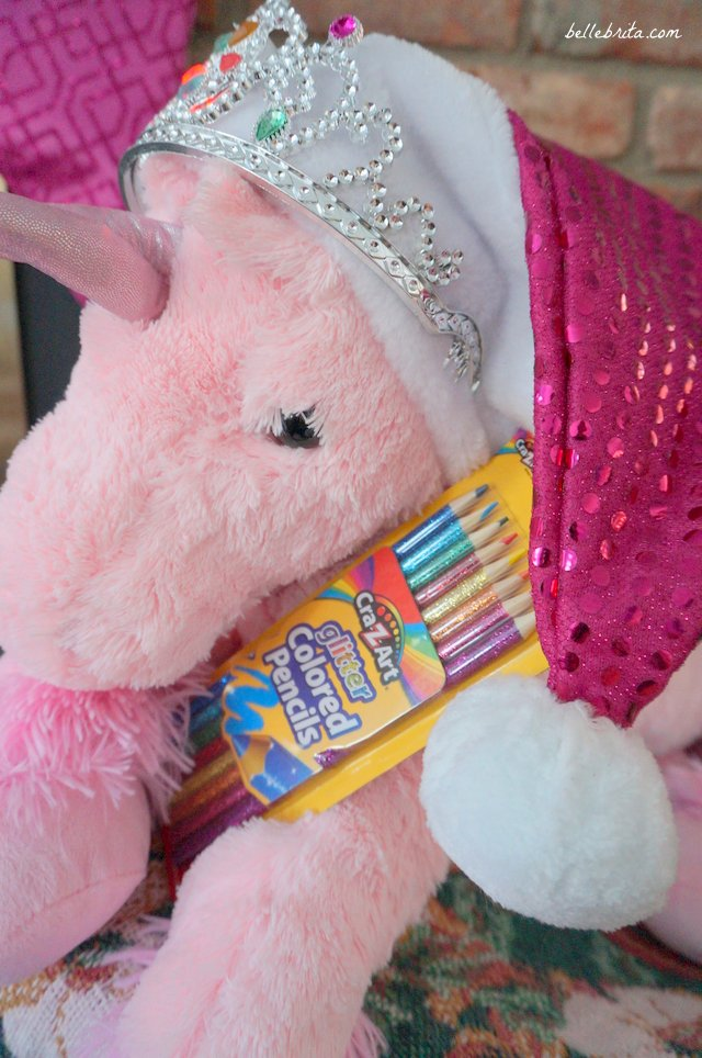 Glitter pencils make a great stocking stuffer! These work for children who love to color. Or pair a set with an adult coloring book for your best friend or sister! | Belle Brita